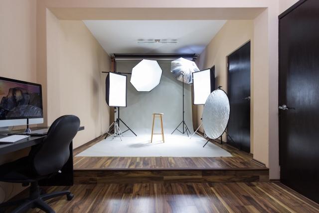 photo studio 4303312 1920 carlos alcazar